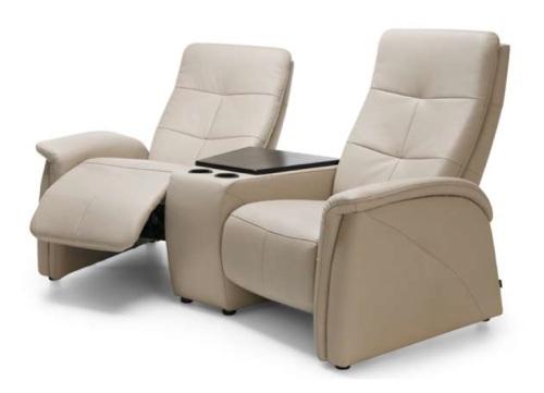 Canapele 2 locuri cu functie de relaxare + bar.